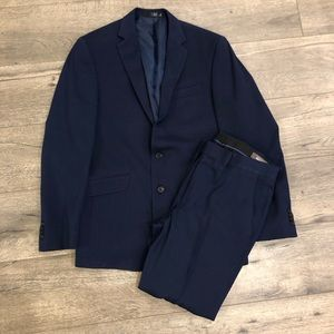 Kenneth Cole Reaction Navy Blue Suit 38 R 31 W